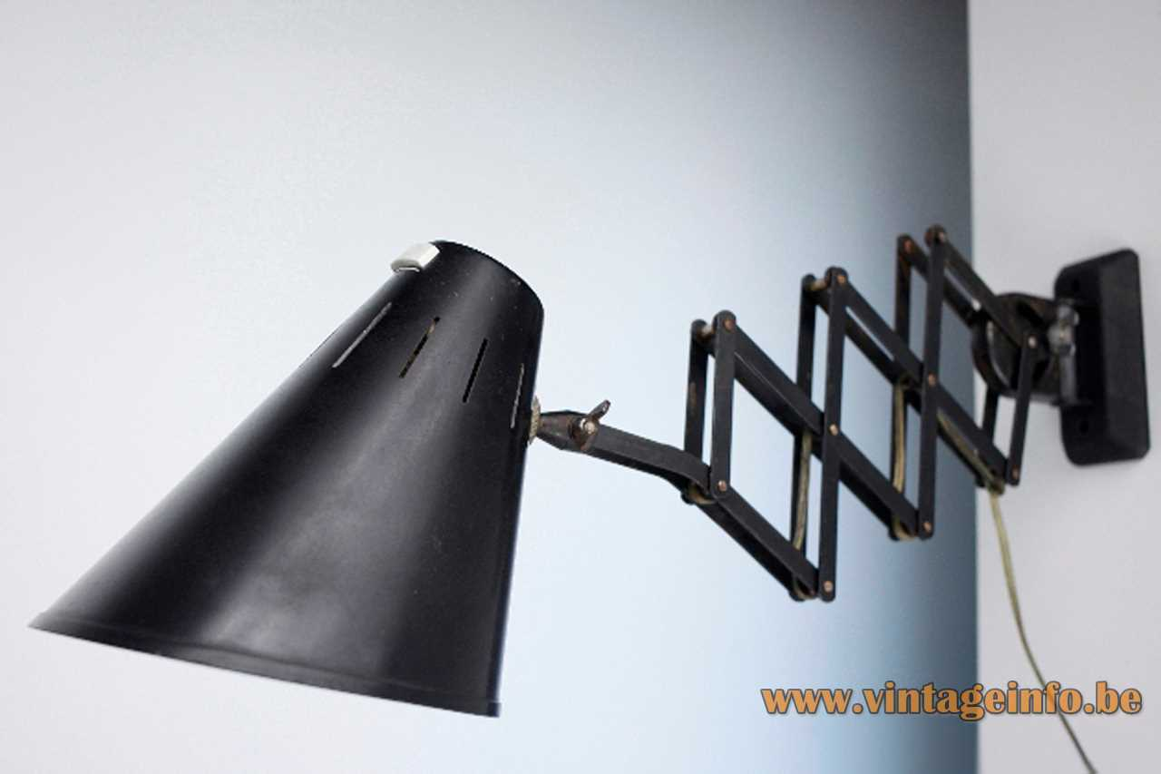 Bometal Barcelona scissor lamp industrial light in black painted metal E27 socket 1940s 1950s Spain