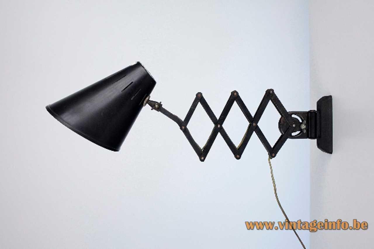 Bometal Barcelona scissor lamp industrial light in black painted metal E27 socket 1940s 1950s Spain