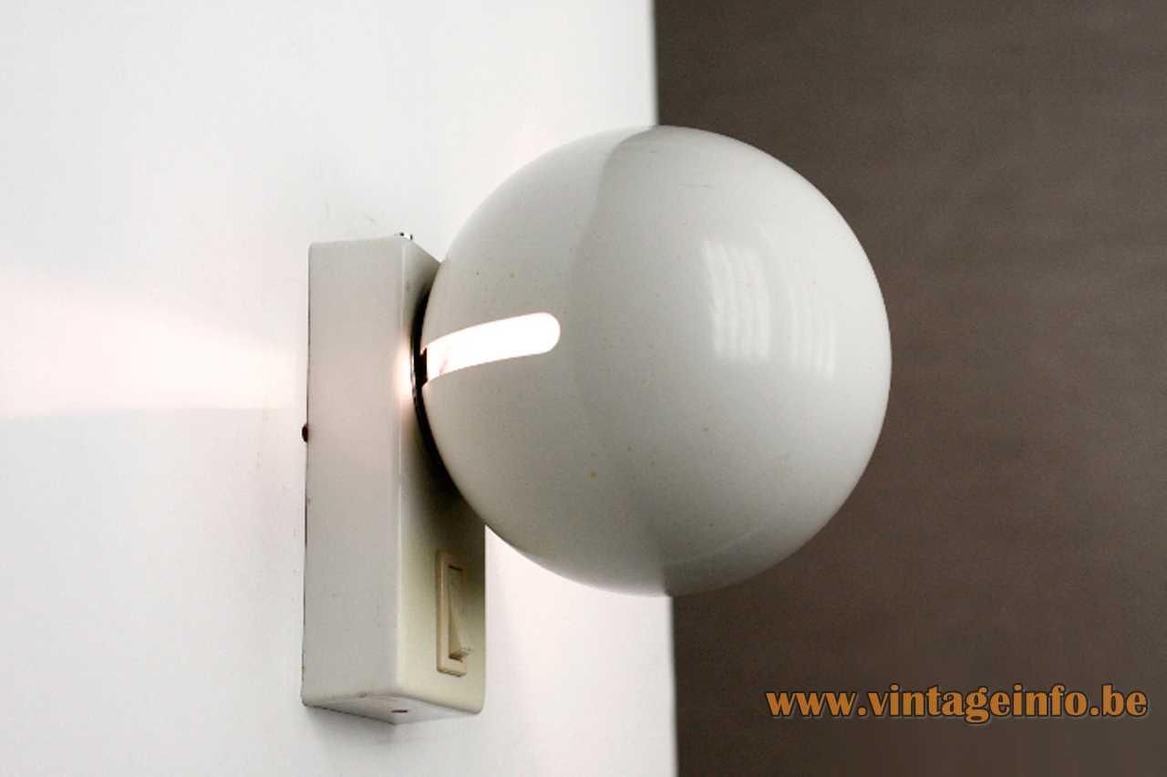 Gaetano Sciolari Toy wall lamp 1960s design white globe lampshade rectangular metal base Ecolight Metalarte 1970s