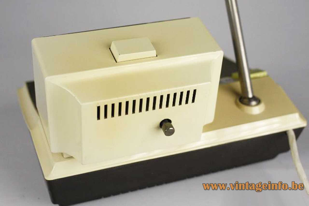 Kuba clock radio lamp Sweet-Clock R27 brown & white plastic extendable antenna rod 1960s West Germany