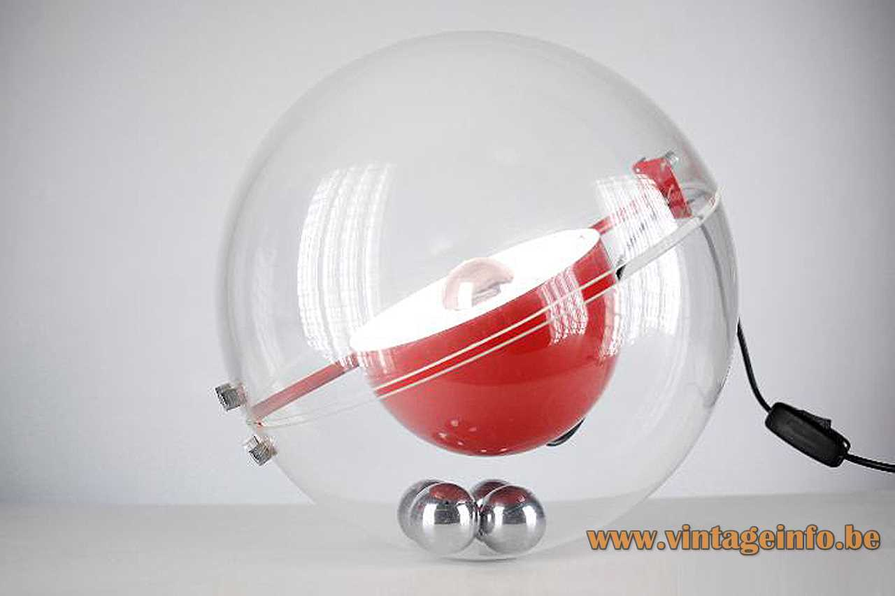Tramo table lamp Plexi globe Lucite acrylic 4 chrome balls Design: Rafael Carreras Puigdengolas 1970s MCM Mid-Century Modern Spain