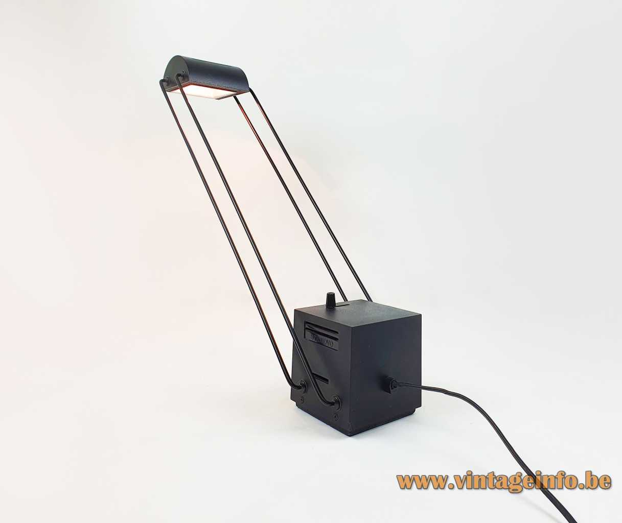 Stilnovo Tokio desk lamp 1980 design: Shigeaki Asahara black cube & dimmer 4 adjustable rods halogen Italy