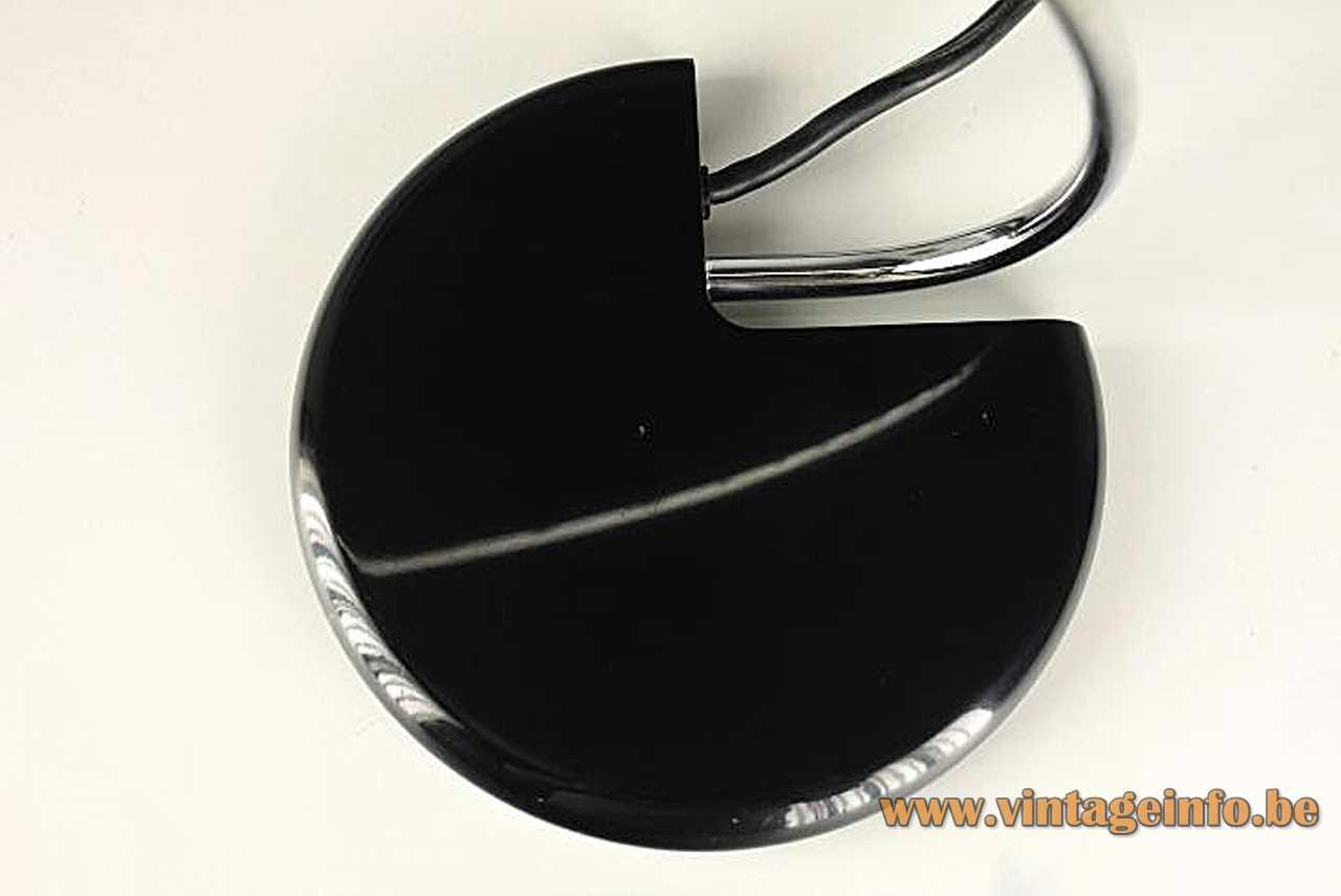 Bruno Gecchelin Wing desk lamp round black base chrome curved rod ribbed lampshade 1970s Oluce Italy