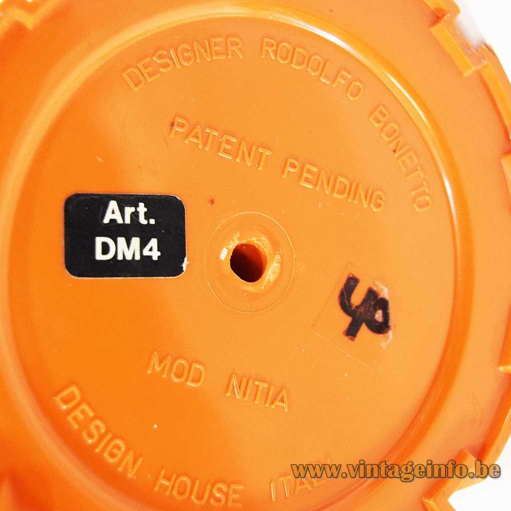 Design House DM4 label