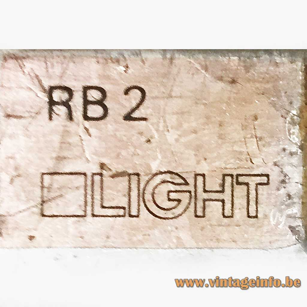LIGHT label - OLIGHT