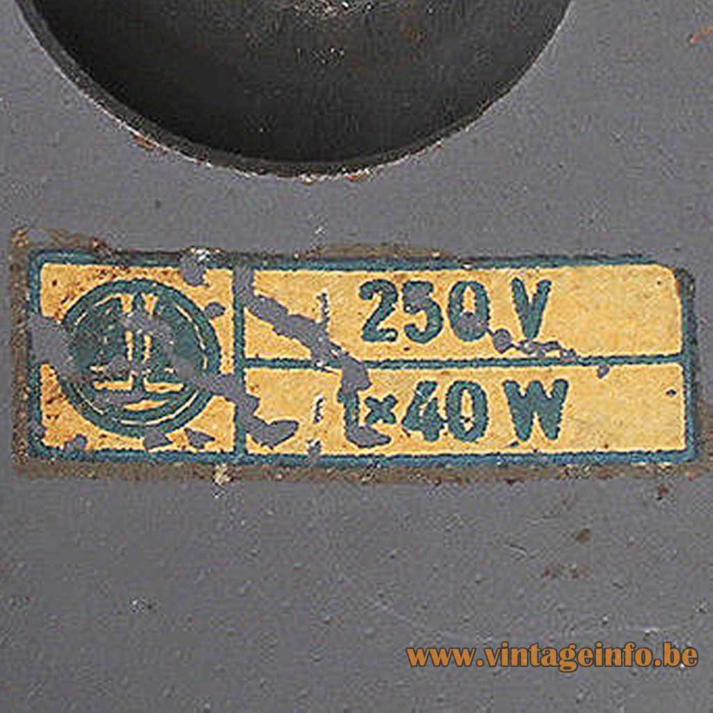 VEB Leuchtenbau, Lengefeld, Germany label