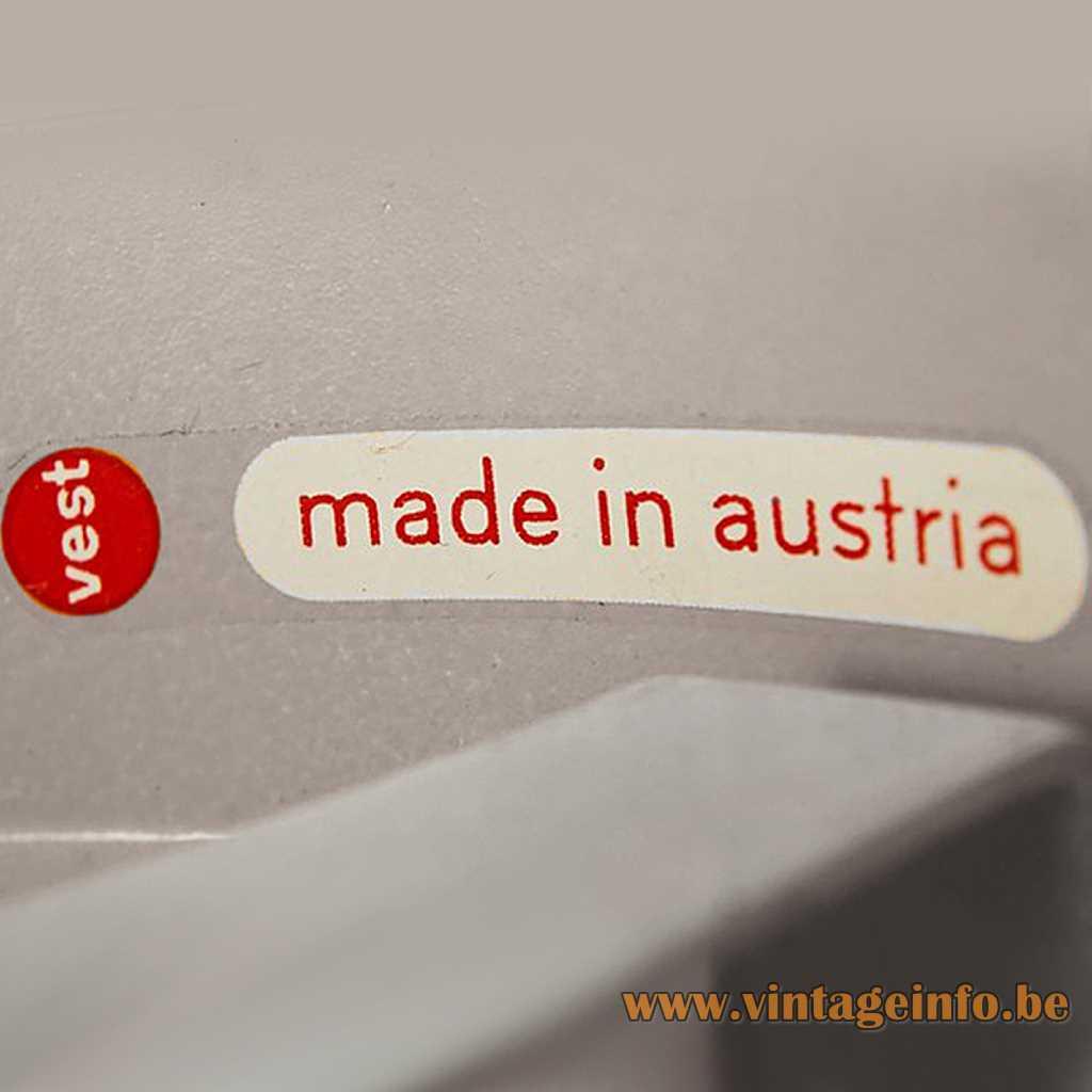 Vest Made In Austria - Vest Leuchten label