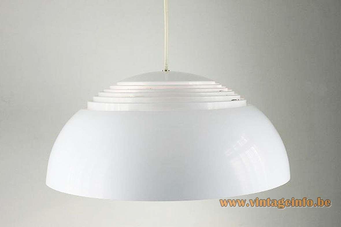 Arne Jacobsen Royal pendant lamp 1957 design white half round metal grid lampshade Louis Poulsen Denmark