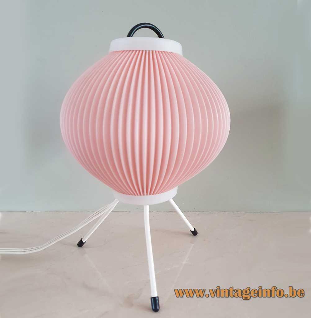 Celluloïd globe tripod table lamp pink folded plastic sphere white metal legs 1970s Aro Leuchte Germany