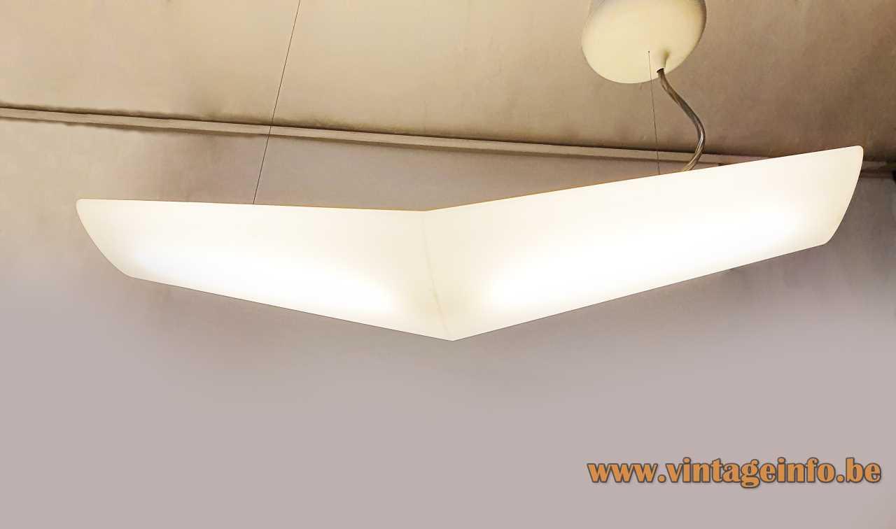 Artemide Mouette Mini pendant lamp 2004 design: Jean-Michel Wilmotte plastic wing shaped lampshade Italy fluorescence