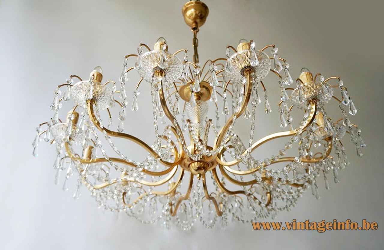 1970s crystal glass chandelier cut glass beads & pearls lampshade curved brass rods metal chain Massive Belgium