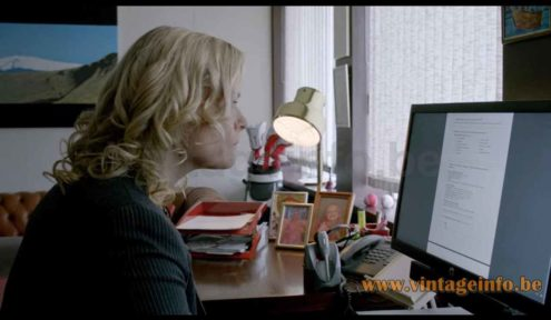 Atelje Lyktan Bumling desk lamp used as a prop in the 2015 TV series Case S1 E8