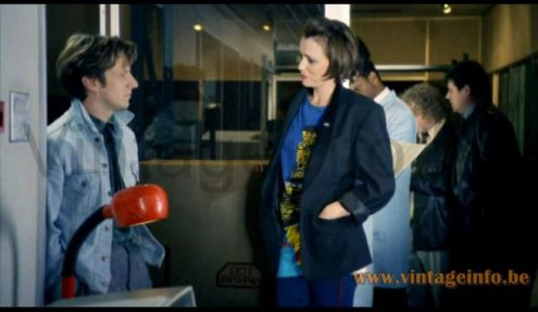 Fagerhults Cobra desk lamp used as a prop in the 2010 TV series Ashes To Ashes S3E1