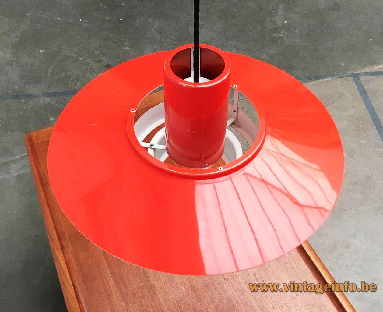Fog & Morup Falcon pendant lamp red round metal lampshade 1960s design: Andreas Hansen Denmark E27 socket