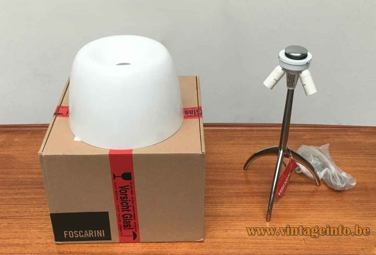 Foscarini Lumiere Grande table lamp 1990 design: Rodolfo Dordoni tripod aluminium base glass mushroom lampshade Italy
