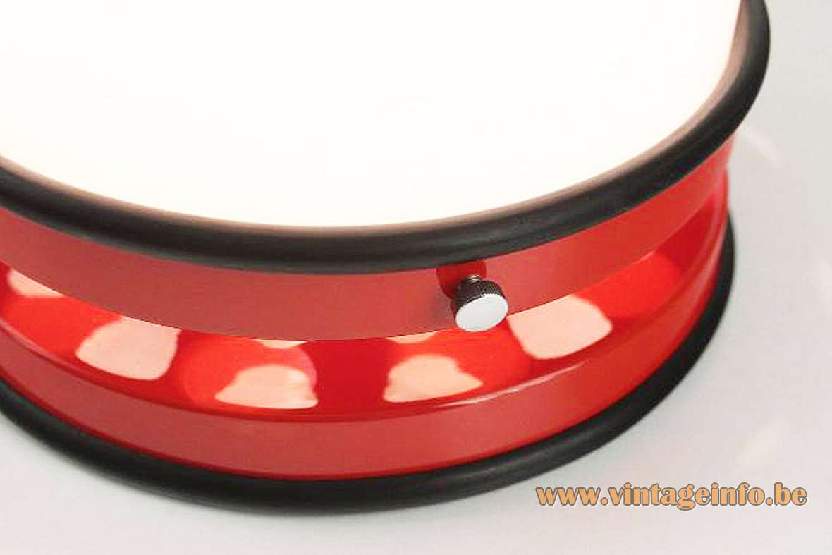 Grup Bonamusa Tramo table lamp red metal base black rubber rings opal glass lampshade 1960s 1970s