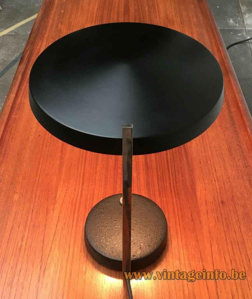Hillebrand Oslo desk lamp design: Heinz Pfänder round metal base chrome rod mushroom lampshade Germany 1960s