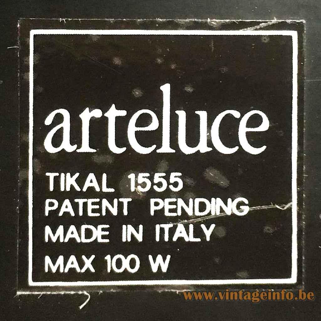 Arteluce Tikal table lamp 1985 design: Pier Giuseppe Ramella 1555 label Max 100 Watt 1980s Italy
