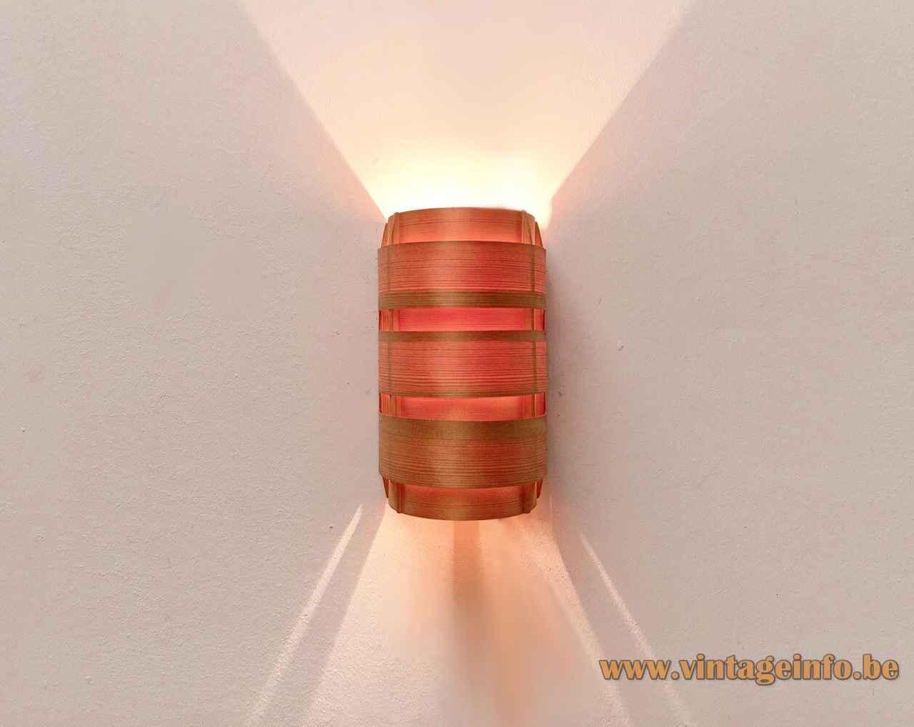Hans-Agne Jakobsson Edda wall lamp curved pine slats lampshade 1960s AB Ellysett Sweden 1961 design