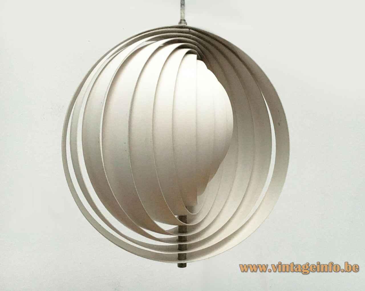 Verner Panton Moon pendant lamp adjustable 10 aluminium slats globe lampshade 1960 design Louis Poulsen Denmark