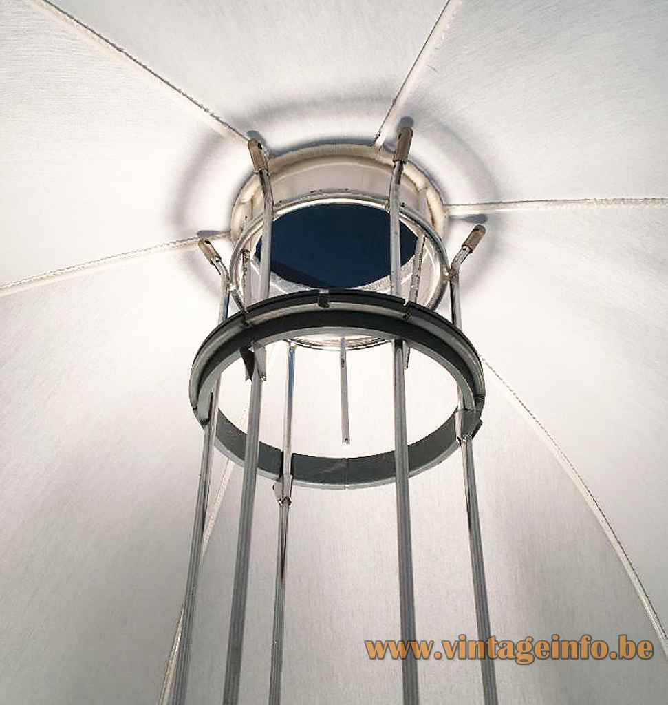 Artimeta Umbrella floor lamp chrome wire frame base white parasol lampshade design: Gijs Bakker inside view