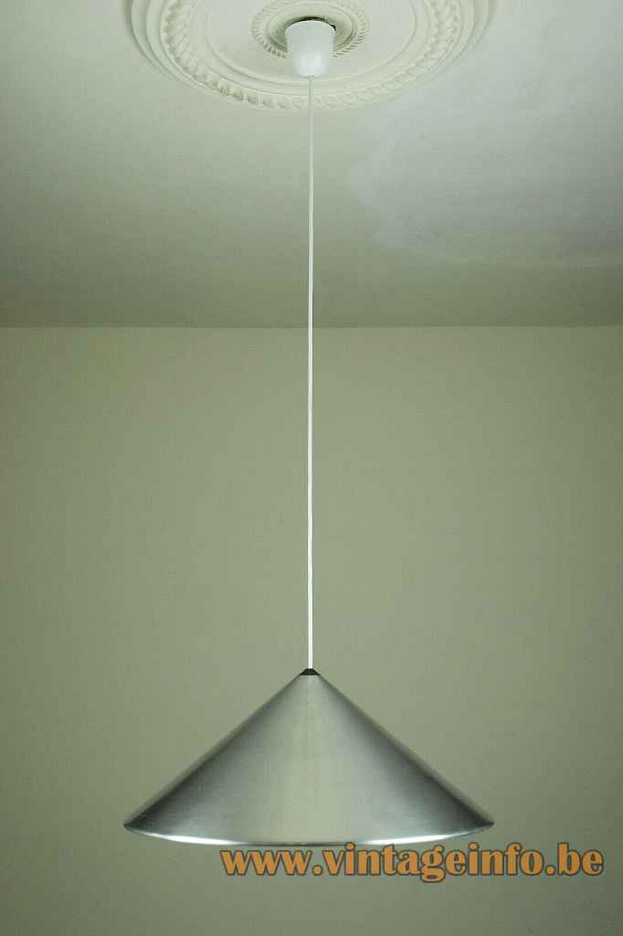 Fog & Mørup Classic pendant lamp round conical pyramid aluminium lampshade plastic grid 1960s design: Jo Hammerborg