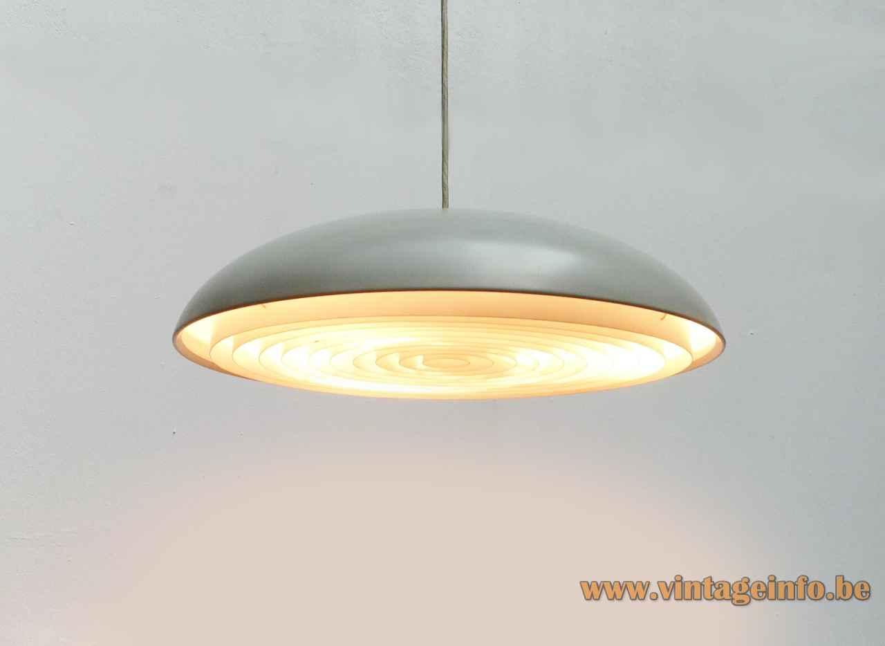 Louis Poulsen California pendant lamp disc lampshade round plastic grid design: Vilhelm Wohlert & Jørgen Bo Denmark