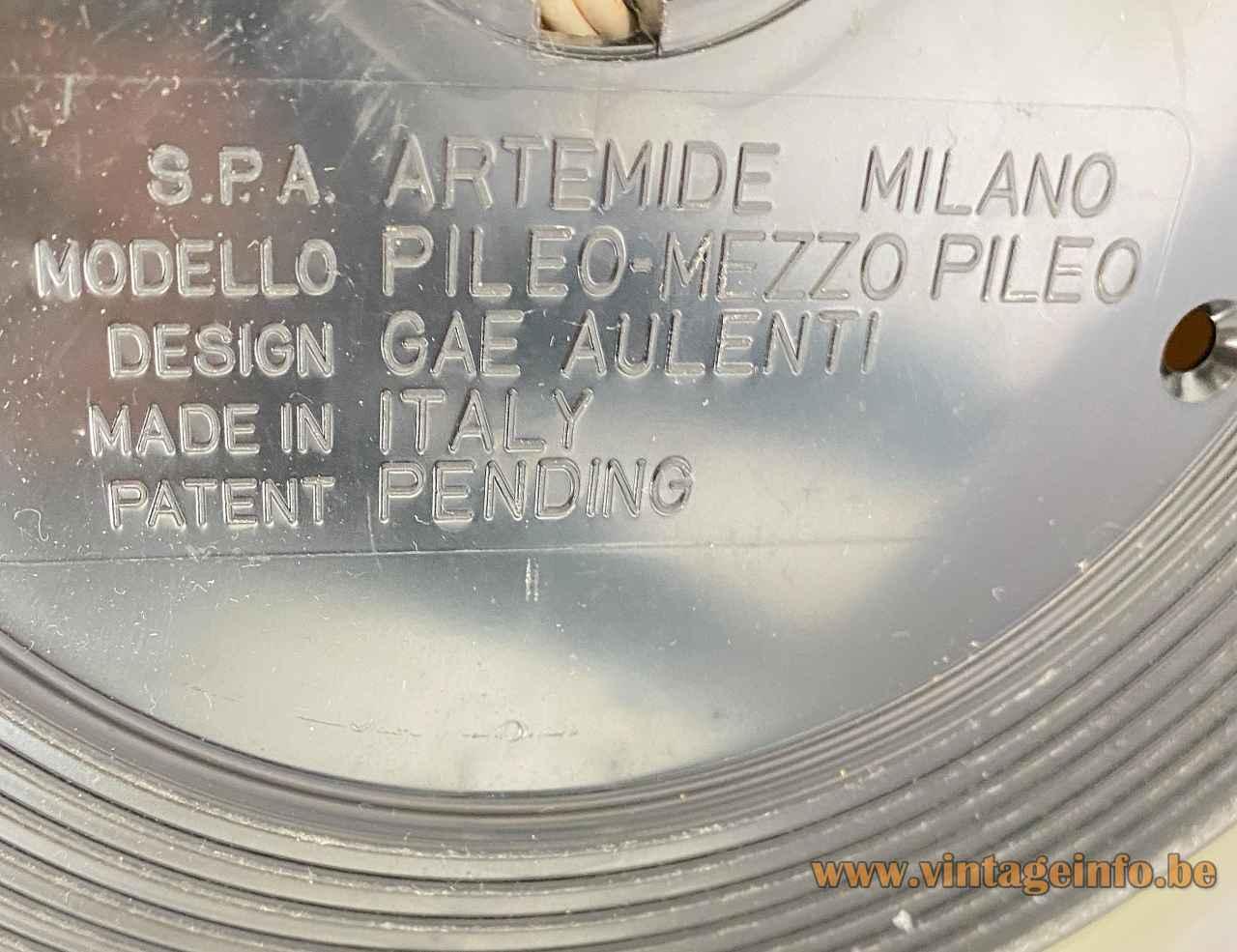 Gae Aulenti Artemide Mezzopileo table lamp round black plastic bottom label logo Pileo 1970s Italy