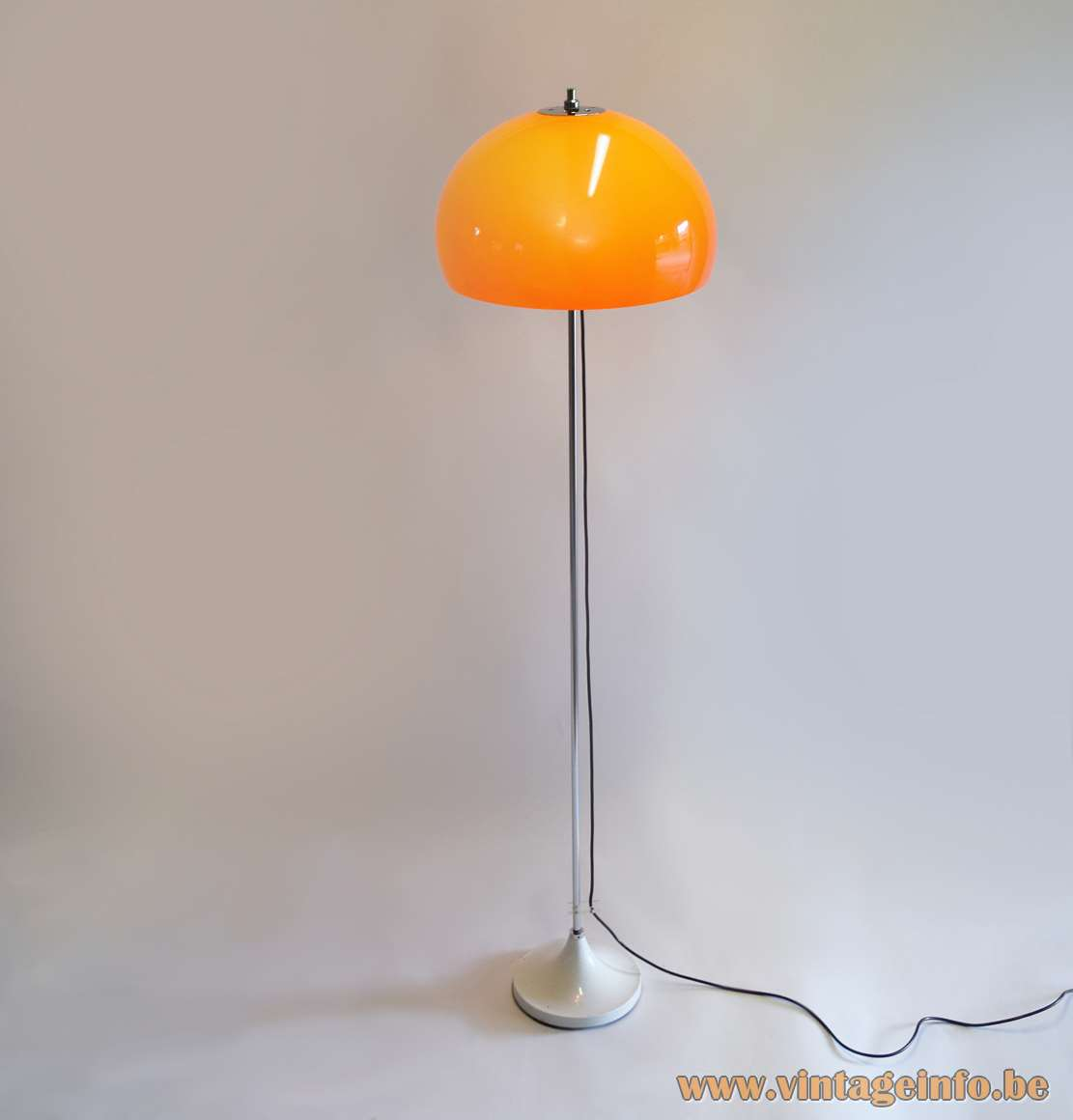 Hagoort mushroom floor lamp orange acrylic Perspex lampshade chrome rod round white base 1960s 1970s
