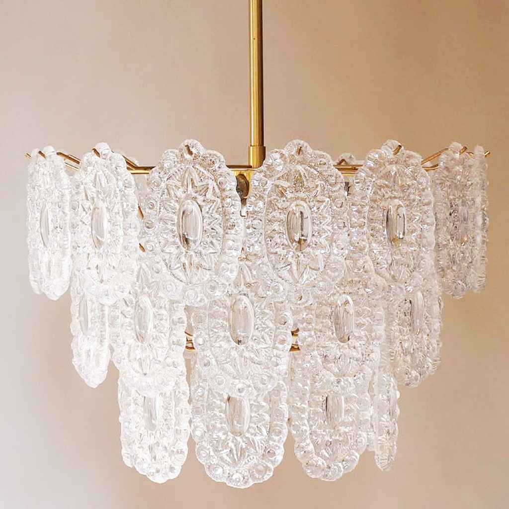 Massive rosette crystal glass chandelier round oval discs lampshade brass rod 1960s 1970s Belgium