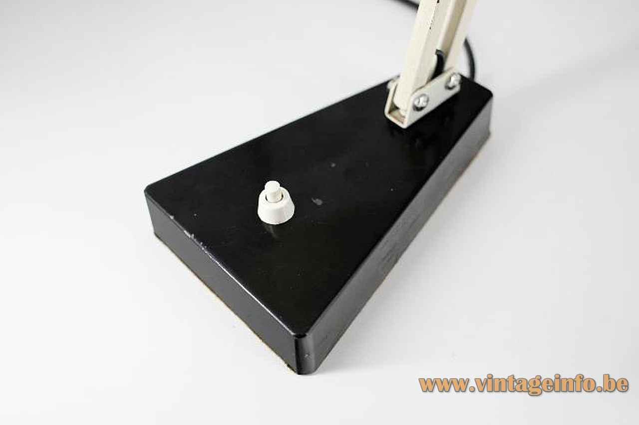 Metalarte Hala 145 desk lamp black triangular base built-in switch 1950s design: Herman Busquet Spain 1960s