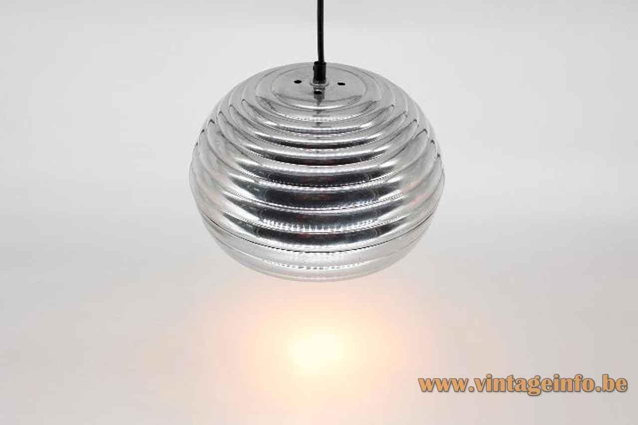 FLOS Splügen Bräu pendant lamp round & ribbed aluminium lampshade 1961 design: Achille & Pier Giacomo Castiglioni Italy